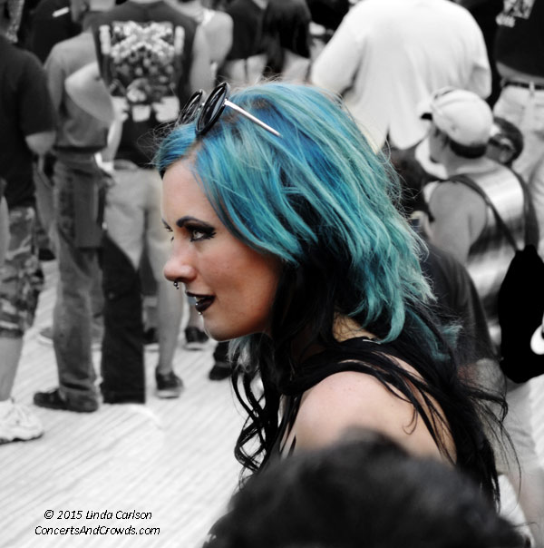 0231_blue_hair_copyright_web
